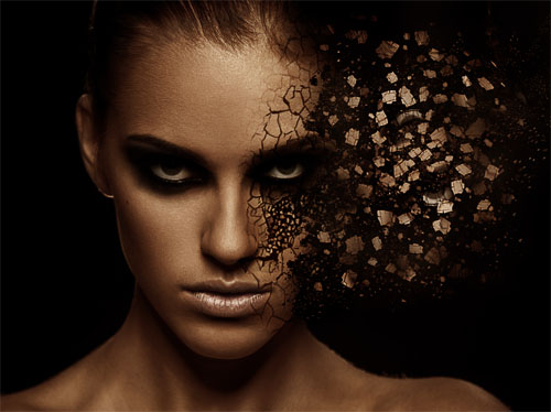 Effect of facial disintegration with Photoshop